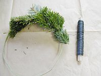 041207making_wreath2.jpg
