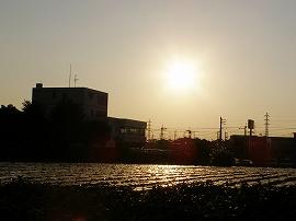 061015silhouette_tatemono