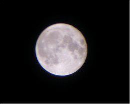 050820full_moon_up